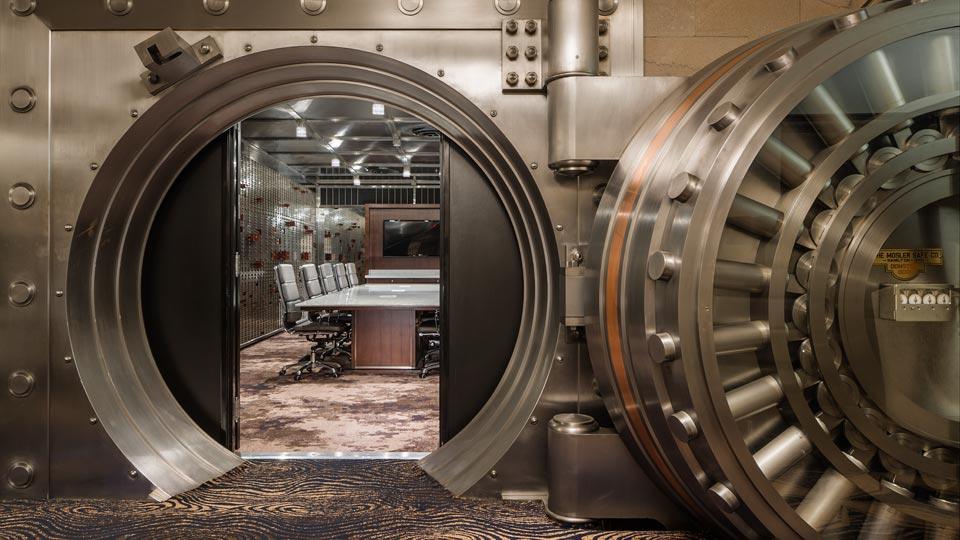 Courtyard Marriott Vault Room