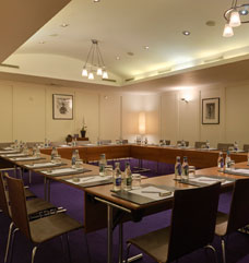 Meeting venue in Milan with conference rooms available to hire.
