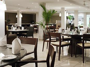 Tradewinds Hotel & Conv Ctr meeting rooms