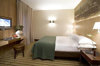 Meeting Rooms at Starhotels Ritz, Via Lazzaro Spallanzani, 40, Lissone, Province of Monza and Brianza, Italy