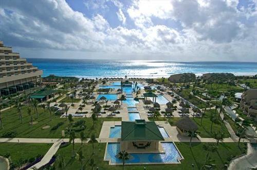 Hilton Cancun Golf & Spa Resort meeting rooms