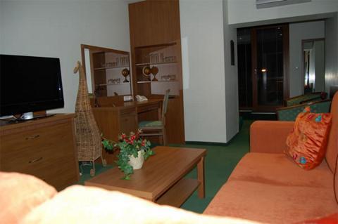 Max Inn Hotel Bratislava meeting rooms