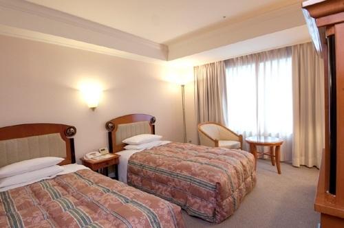 Hotel East 21 Tokyo meeting rooms