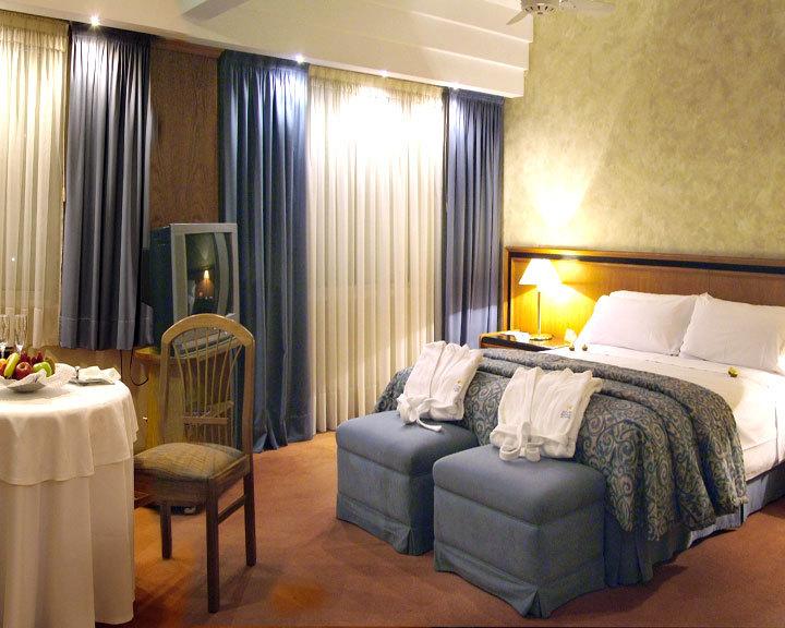 Hotel Riviera meeting rooms