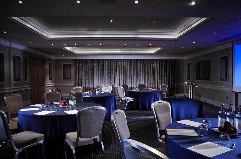 Alexander Spa Hotel Crawley