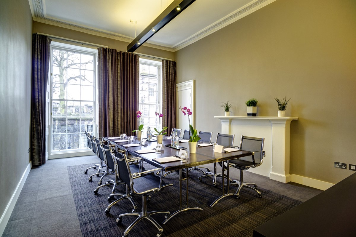 The Top 10 Things To Do Near Apex Waterloo Place Hotel Edinburgh