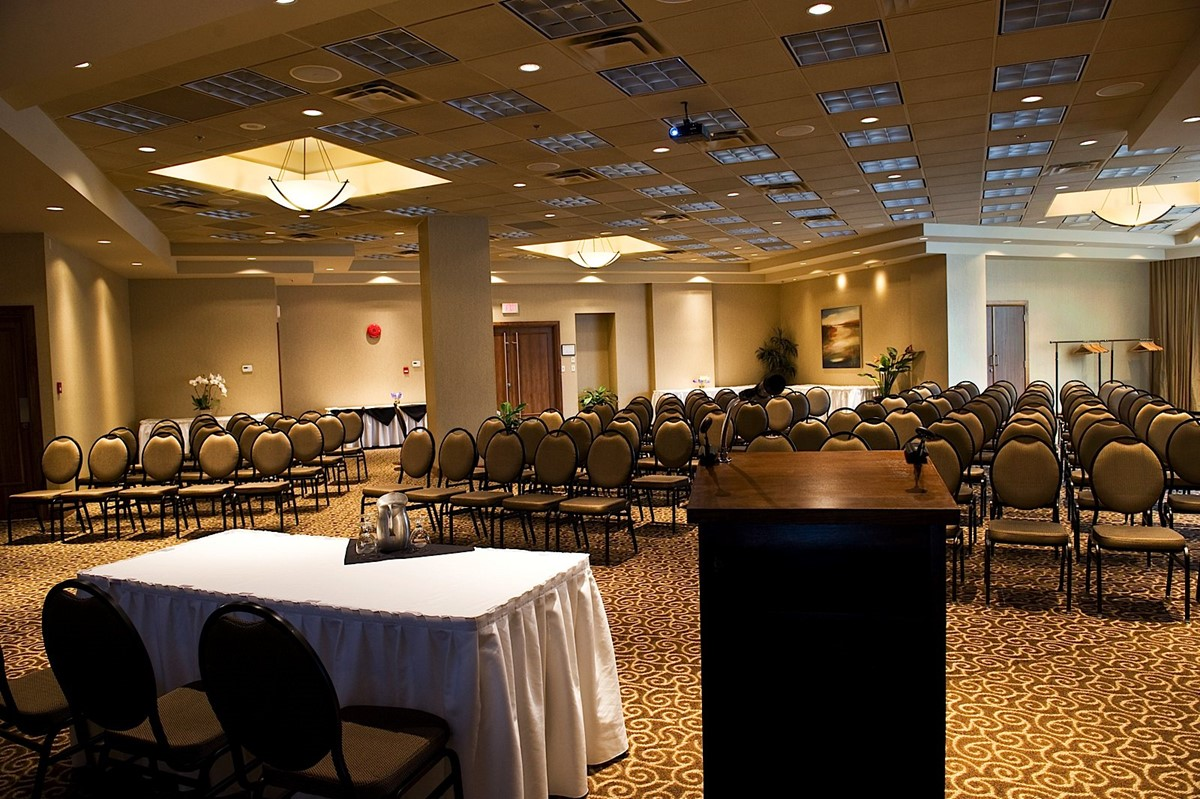 BEST WESTERN PLUS Chateau Granville Hotel & Suites & Conference Centre meeting rooms