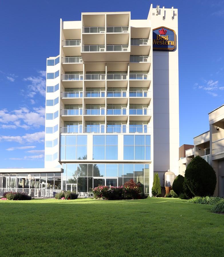 Best Western PLUS Kelowna Hotel & Suites meeting rooms