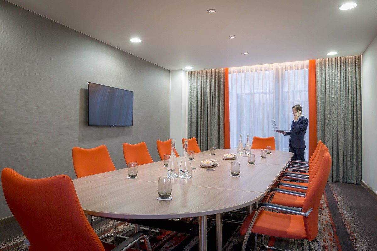 meeting rooms at clayton hotel chiswick , clayton hotel chiswick