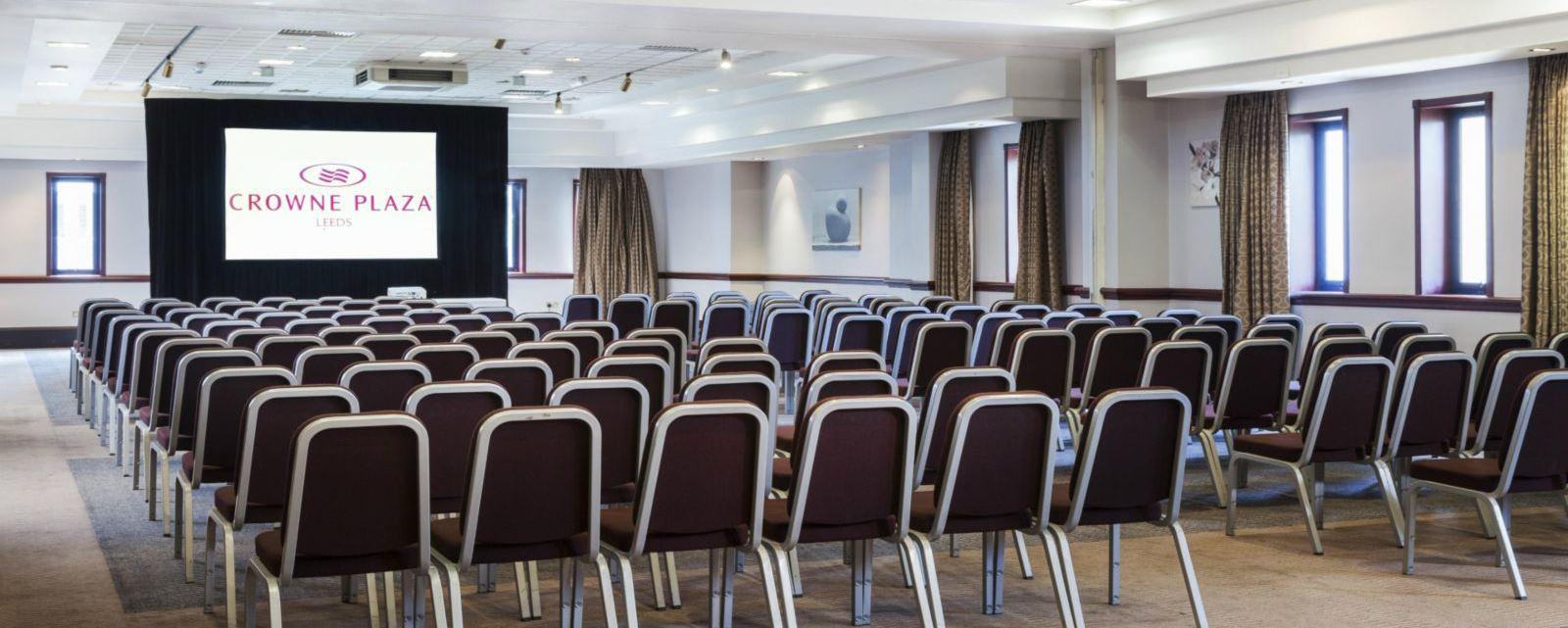 Crowne Plaza Leeds meeting rooms