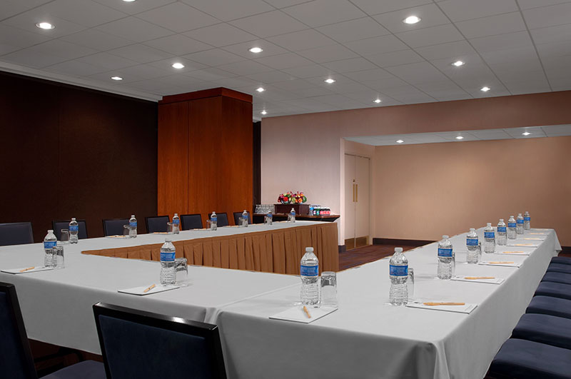 Meeting Rooms at Doubletree Metropolitan Hotel NYC, 569 Lexington Ave, New York, NY 10022, United States