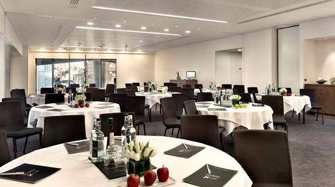 Meeting rooms at doubletree by hilton tower of london for London garden rooms