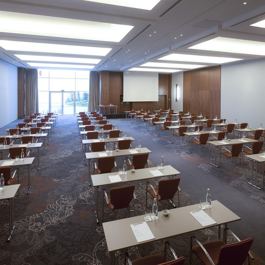 lisbon meeting room