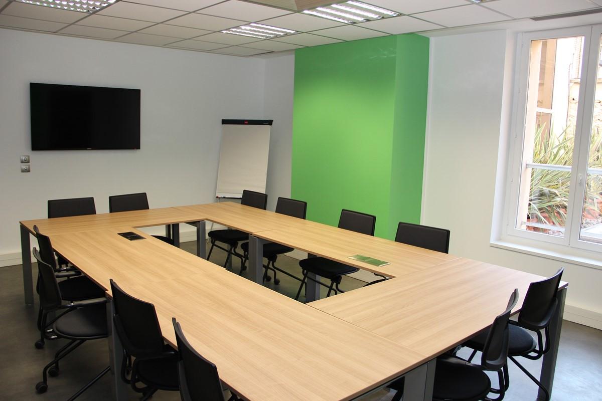 Espace Hamelin, Centre d'affaires and services