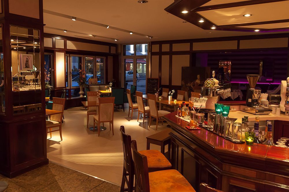 Exquisit Hotel meeting rooms