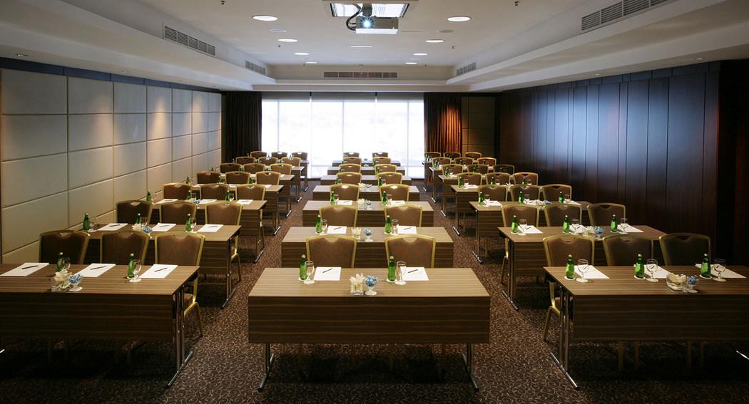 Fraser Suites Dubai meeting rooms
