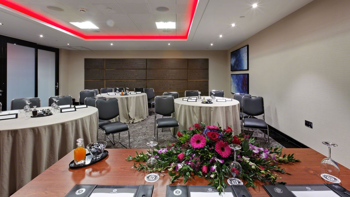 Meeting Rooms At Grange St Pauls Hotel 10 Godliman Street London Ec4v 5aj United Kingdom