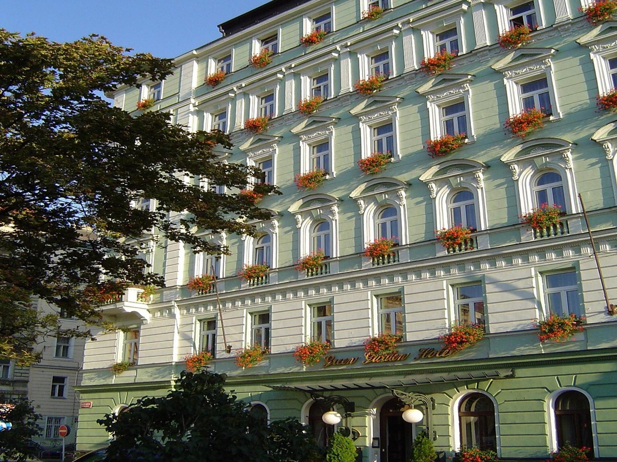 Meeting rooms at green garden hotel prague f gnerovo for W hotel prague