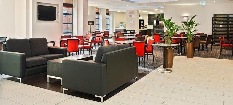 Holiday Inn Express Belfast City - Queen's Quarter meeting rooms