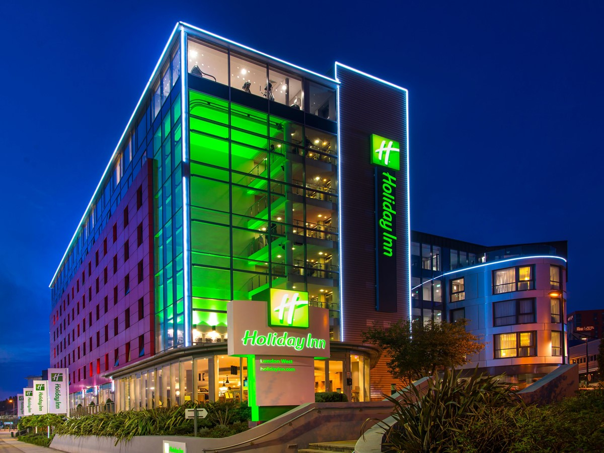 Meeting rooms at holiday inn london west holiday inn for Hotel w londres