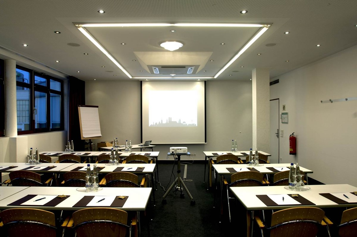 Meeting Rooms at Hotel Cristal, Schwanthalerstraße 36, Munich, Germany