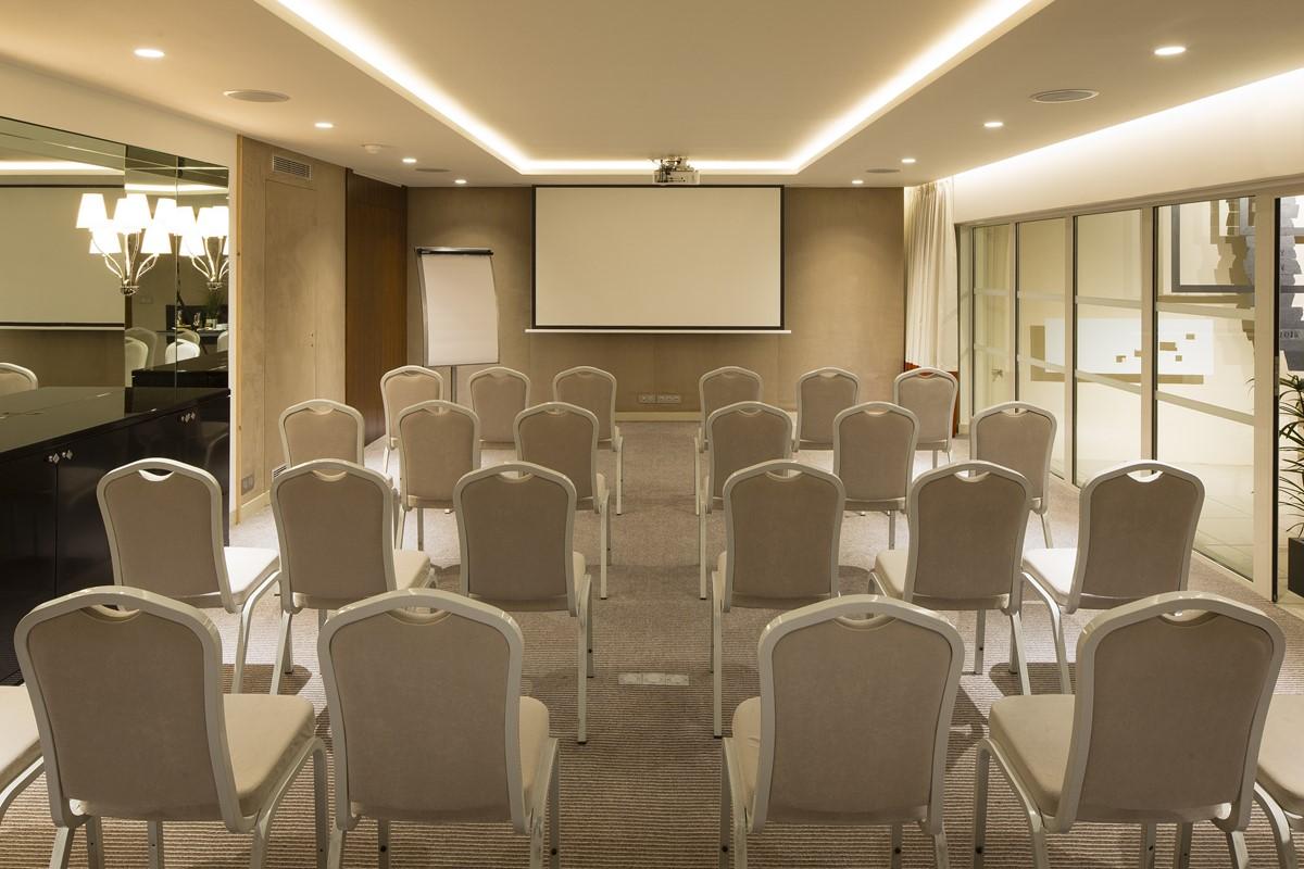 Hotel Edgar Quinet Meeting Rooms At Hotel Le M 20b Rue De La Gaitac 75014 Paris