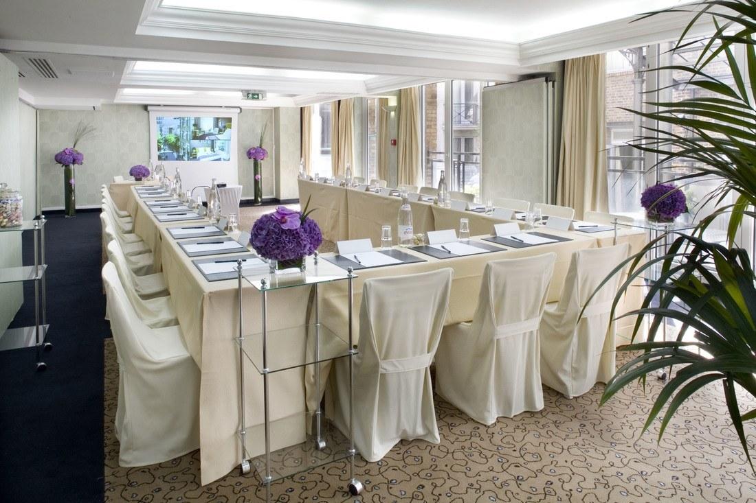 Meeting rooms at hotel les jardins du marais paris les for Hotel les jardins paris