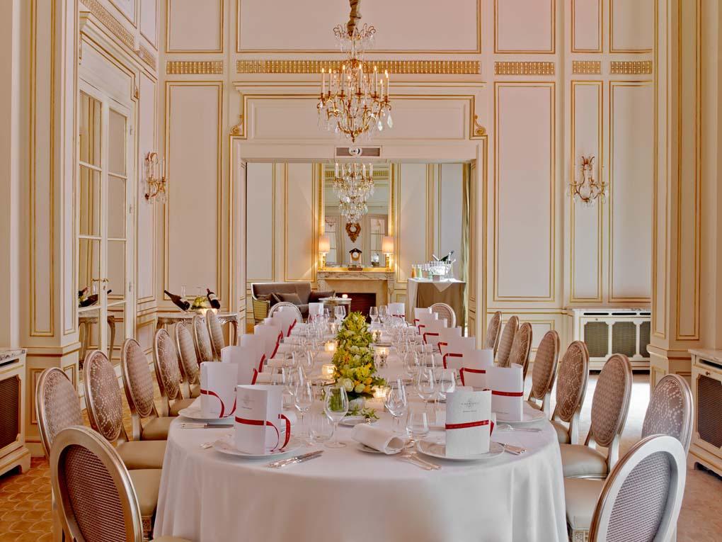meeting rooms at hotel plaza athene paris 25 avenue montaigne 75008 paris france. Black Bedroom Furniture Sets. Home Design Ideas