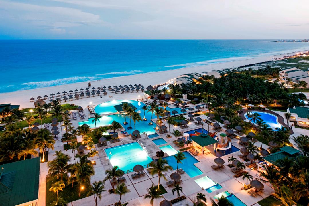 Iberostar Cancun meeting rooms