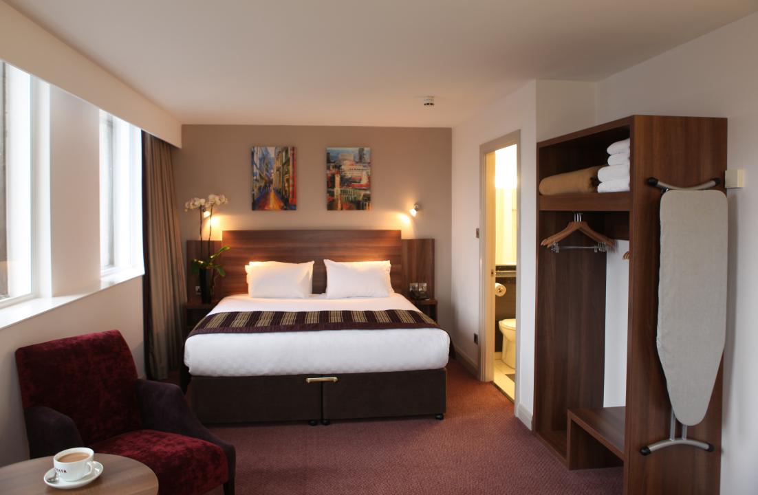 Bedroom Layout Online