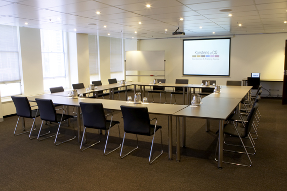 Meeting rooms at karstens melbourne conference training for Training room design layout