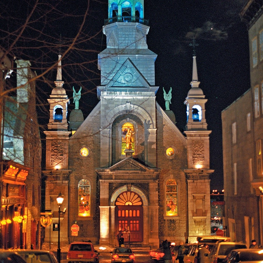 Marguerite Bourgeoys Museum / Notredamedebonsecours Chapel