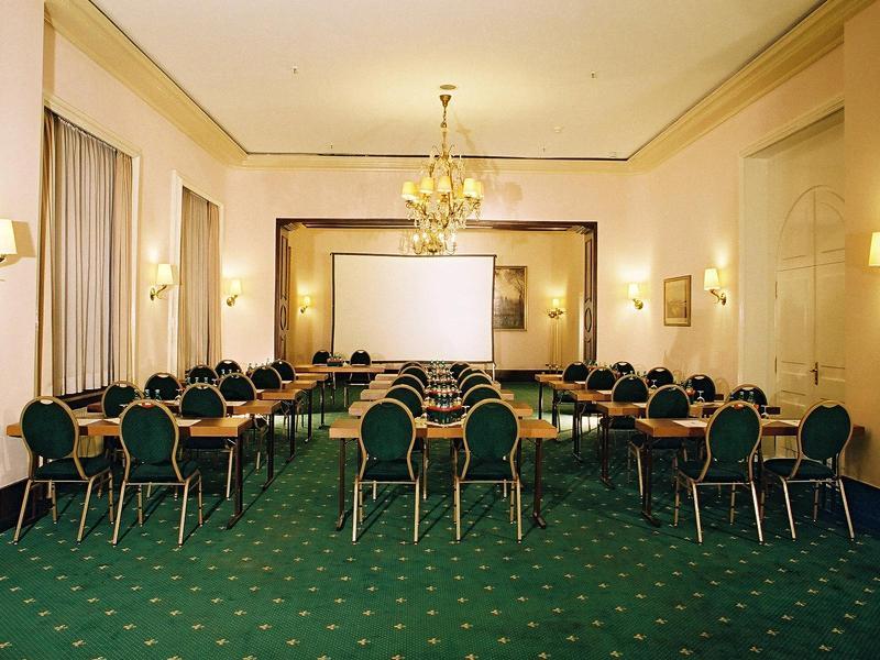 Hotel Monopol Frankfurt Main