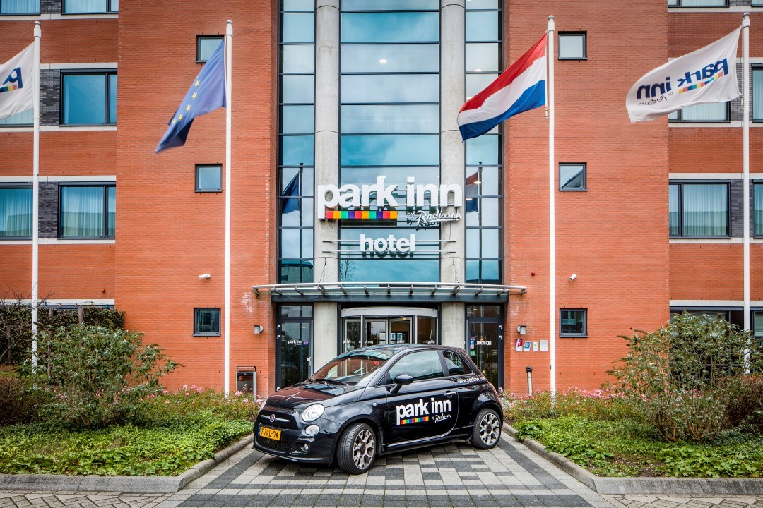 Park Inn by Radisson Amsterdam Airport Schiphol - free airport shuttle service meeting rooms