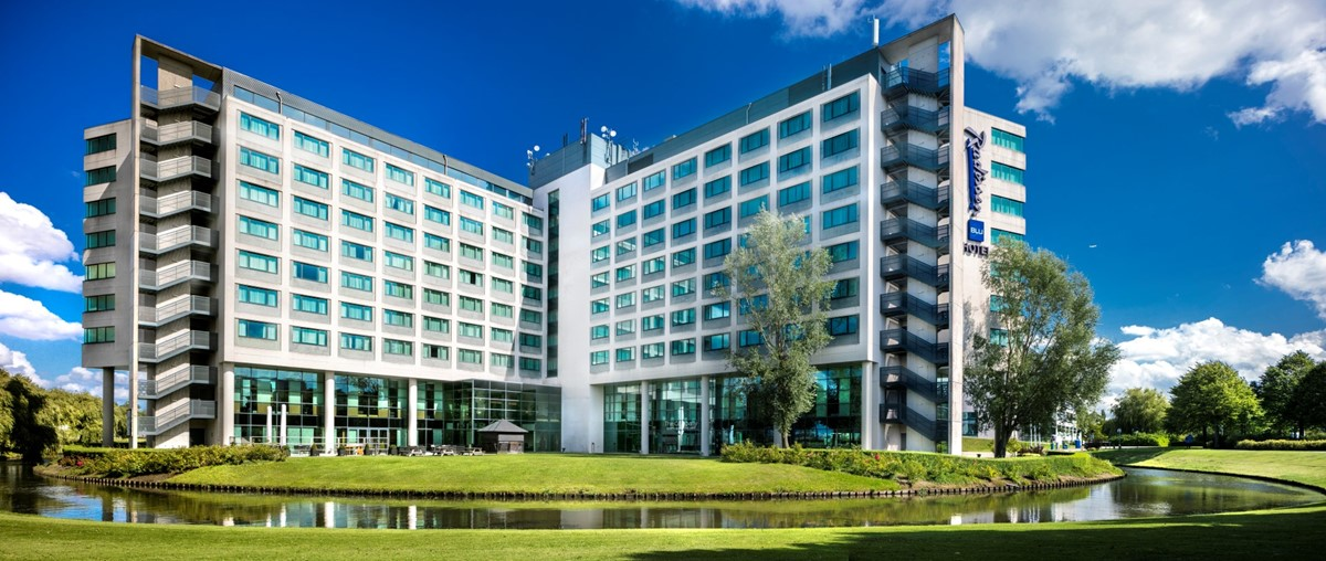 Radisson Blu Hotel Amsterdam Airport - 24h free shuttle meeting rooms