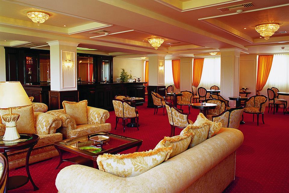 Santa Beach Hotel meeting rooms