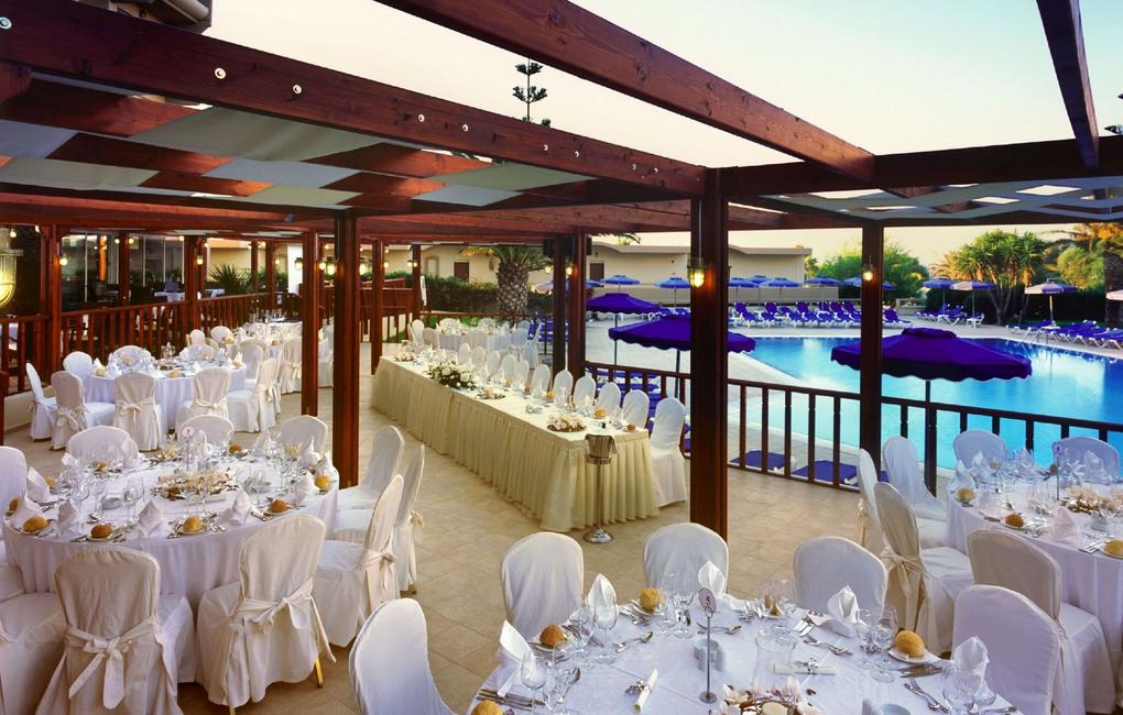 Sun Beach Resort Complex meeting rooms