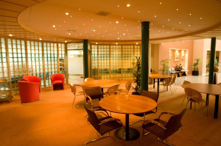 Terra Casa Amsterdam : Meeting rooms at terracasa business centre h j e wenckebachweg