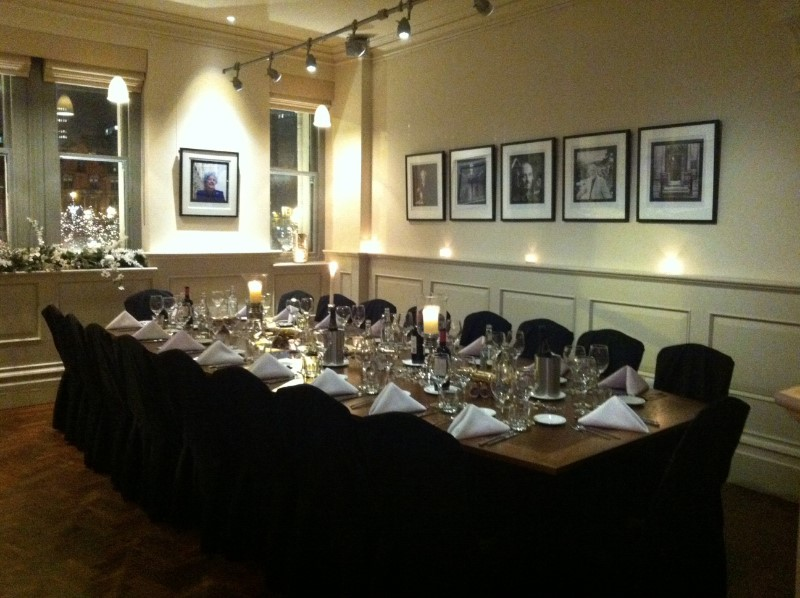 Meeting rooms at albert square chop house the memorial for Best private dining rooms manchester