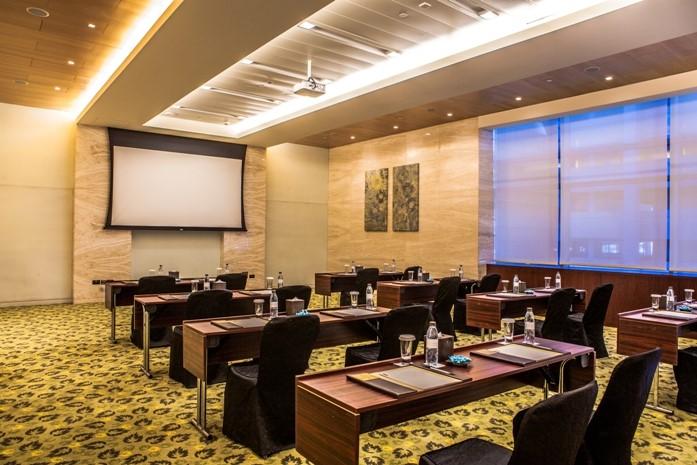 Meeting rooms at the h dubai the h dubai dubai united for Hotel design course