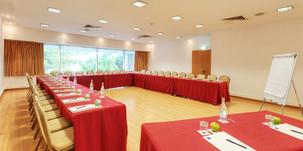 Tryp Lisboa Oriente meeting rooms
