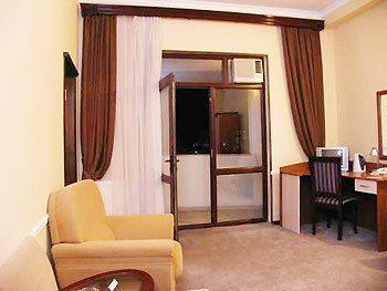 Diplomat Hotel Baku meeting rooms