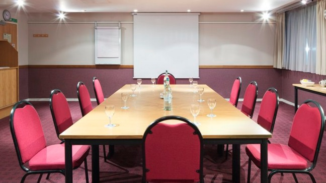 Holiday Inn Slough Windsor meeting rooms