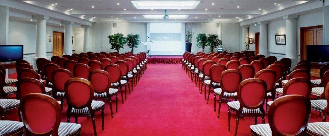 Hotel Royal Manotel meeting rooms