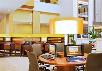 Sheraton Gateway Suites