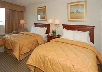 Comfort Inn and Suites Atlanta Airport N