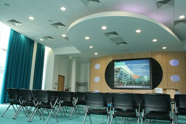 The University of Manchester Innovation Centre (UMIC)